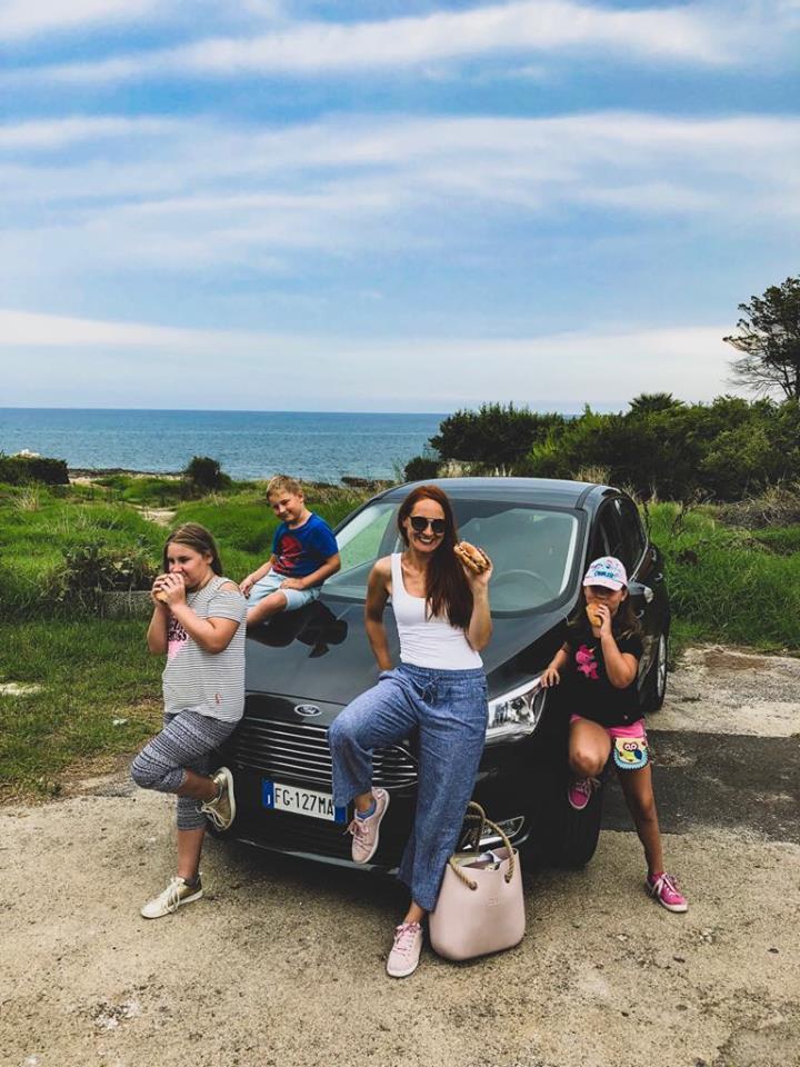 Naty si prenajala auto na Sicílii
