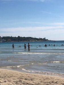 Maty zakúsila pokojné a čisté more na Sicílii