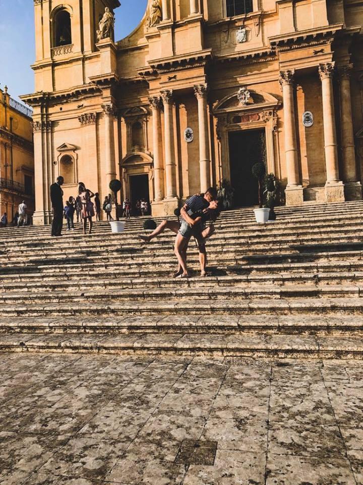 celé mesto Noto na Sicílii je podľa Naty romantické