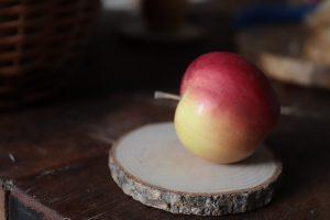 Naty odporúča jesť jablká