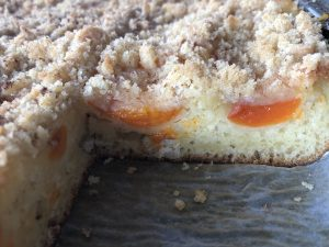 úžasne nadýchaný kváskovaný ovocný koláč od Naty