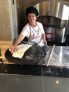 Počas dovolenky v Albánsku odporúča Naty vyskúšať tradičné jedlo burrek