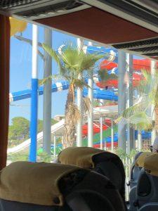 Albásko spoznala nato ako krajinu, ktorá sa snaží rásť a byť príťažlivá pre turistov