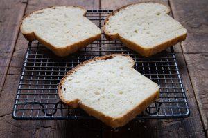 Toastový chlieb z lievito madre od Naty je báječný